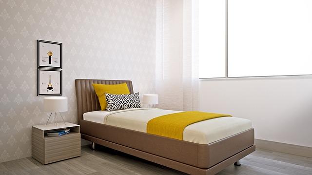 bedroom-2288559_640