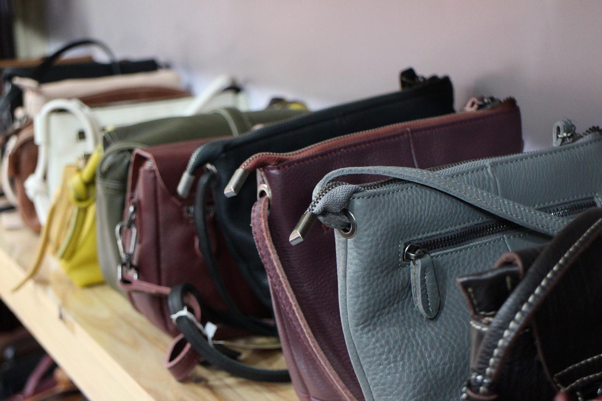 handbags-6484680_1920