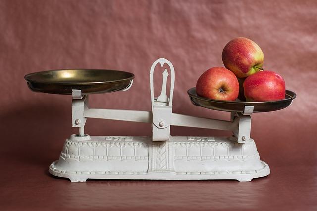 vážení jablek