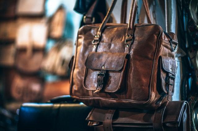 veľké pánske kožené tašky