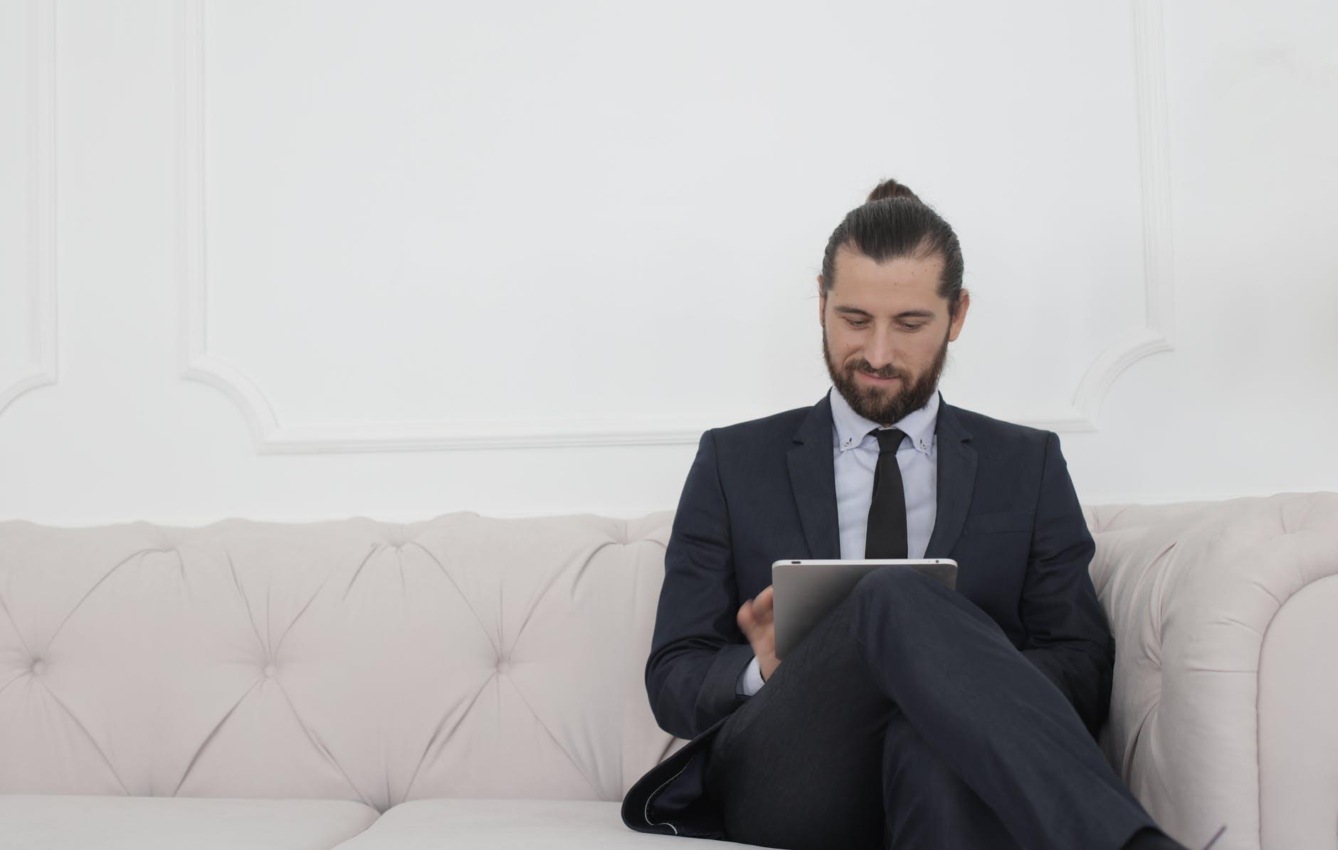 podnikateľ, tablet